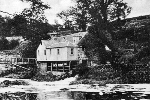 East Mill Snuff Mill, Juniper Green, c1910.